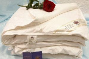 Шелковое одеяло 140/205 летнее Элит (