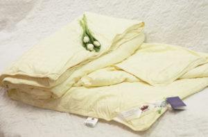 Шелковое одеяло 140/205 зимнее Элит (