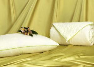 Шелковое одеяло Classic 172/205 (облегченное) OnSilk (ОнСилк)