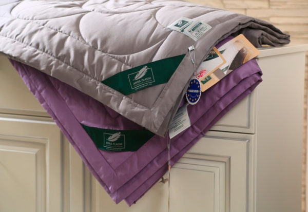 Хлопковое одеяло Anna Flaum Farbe (легкое) серое купить в Москве
