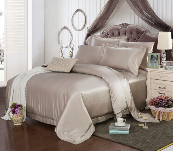 Шелковое постельное белье Luxe Dream Elite Latte (Элит Латте) шелк 100%