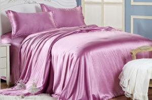 Шелковое постельное белье Luxe Dream Сиреневый шелк 100%