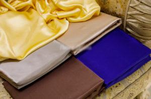 Шелковая простыня на резинке Luxe Dream 160/200 шелк 100%