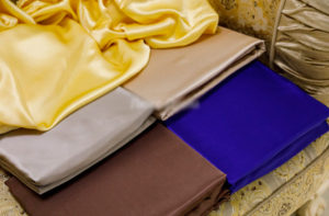 Шелковая простыня на резинке Luxe Dream 180/200 шелк 100%