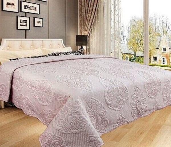 Покрывало на кровать Diva Afrodita 35-1 молочное CottonNew.ru