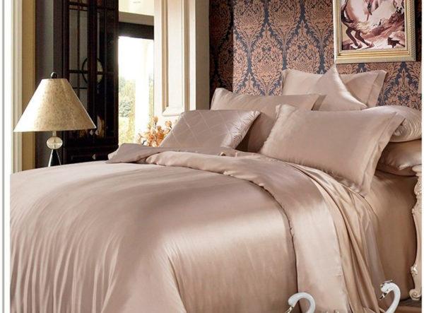 Шелковое постельное белье Luxe Dream Шармель (простыня на резинке 180/200)