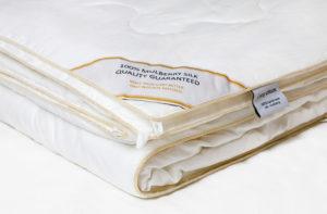 Шелковое одеяло 150/200 Luxe Dream Premium (всесезонное)