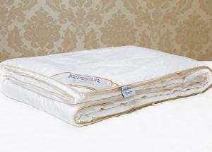 Шелковое одеяло 200/220 Luxe Dream Premium (всесезонное)