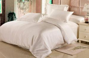 Шелковое постельное белье Luxe Dream Айвори купить в Москве