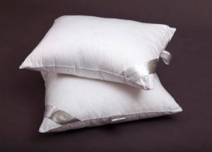Шелковая подушка SILK в батисте GoldTex (ГолдТекс)