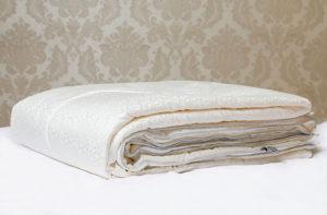 Шелковое одеяло в шелке Luxe Dream Premium (всесезонное) 220/240