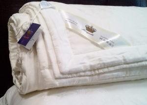 Шелковое одеяло с тенселем COMFORT 150/210 всесезонное KingSilk