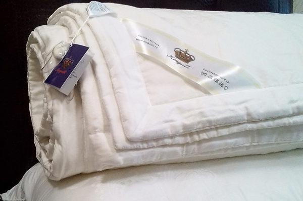 Шелковое одеяло с тенселем COMFORT 200/220 всесезонное KingSilk