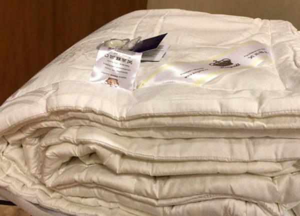 Шелковое одеяло с тенселем COMFORT 220/240 всесезонное KingSilk