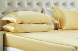Шелковая простыня на резинке Luxe Dream 180/200 (Золотой)